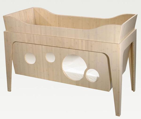 Кроватка детская низкой посадки