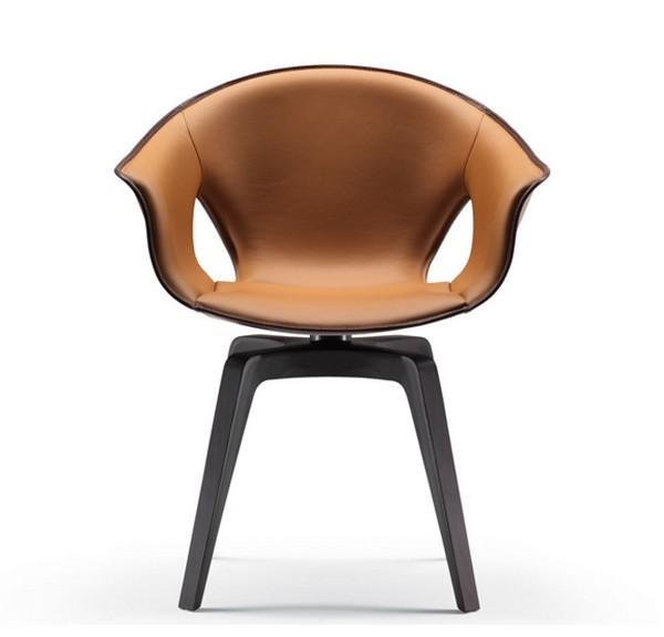 Кожаное кресло с полиуритановой основой