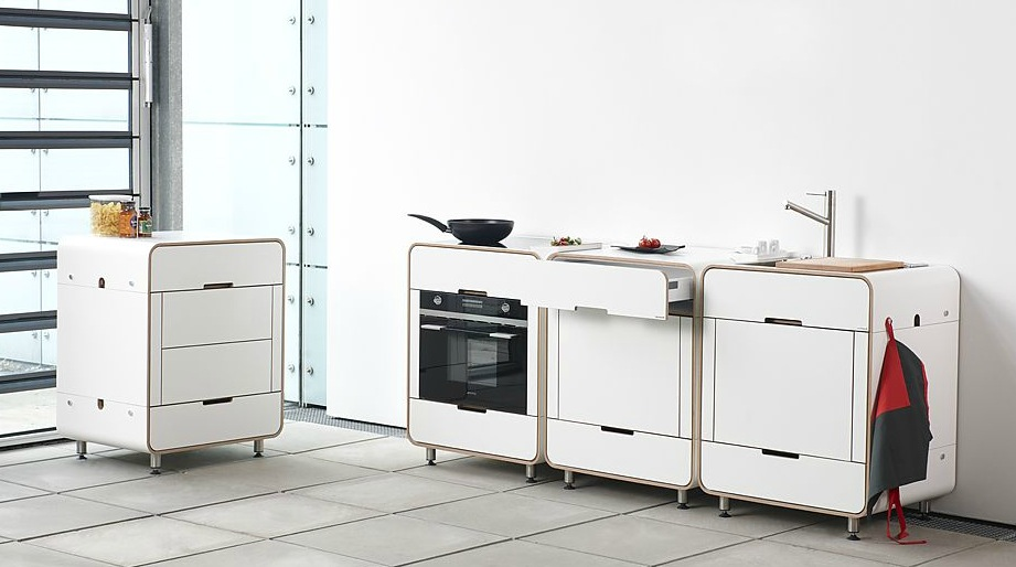 Отдельные готовые кухонные шкафы