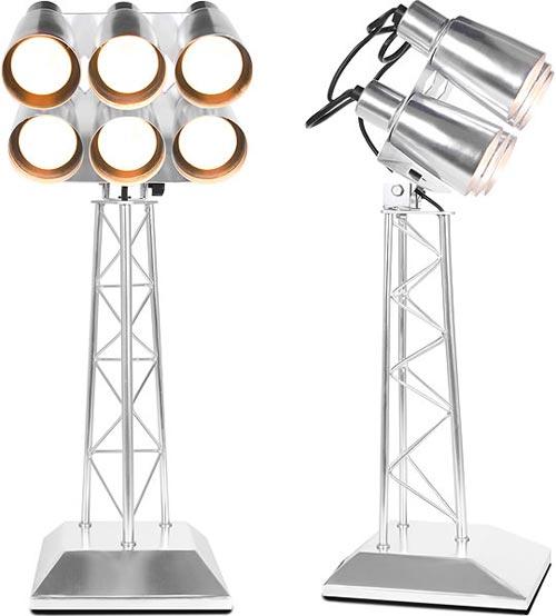 Настолшьная лампа со множеством светильников