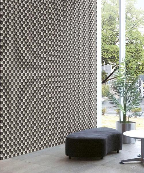 Пример с фото наружной стены дома покрытой плиткой