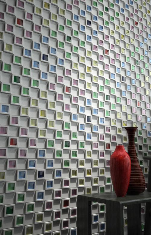 Выкладывание мозаики из объемной разноцветной плитки