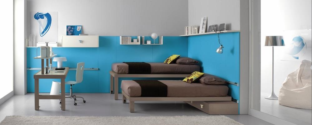 Кровати для десткой комнаты подростка, нижнее спальное место задвигается под верхнее