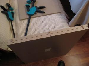 Процесс сборки кухонных ящиков