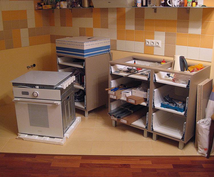 Сборка кухонных шкафов с выдвижными ящиками