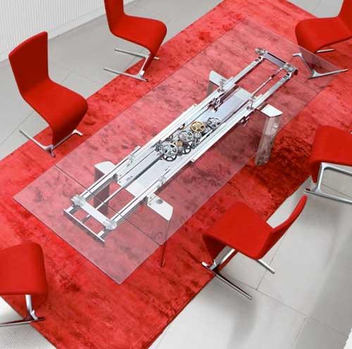 Раздвижной стол с прозрачной столешницей