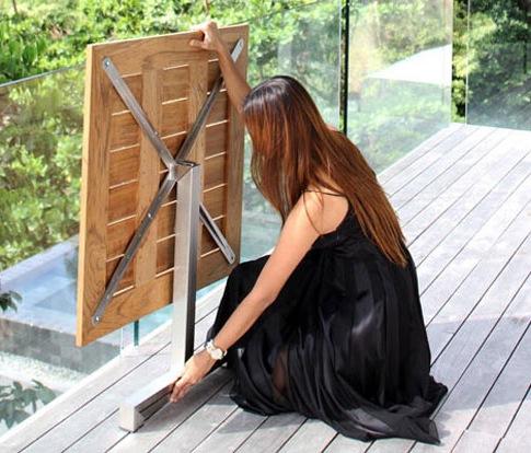 Складной стол для дачи на железной основе