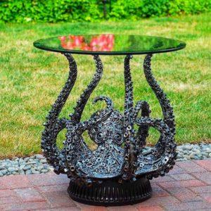 столик в форме осьминога