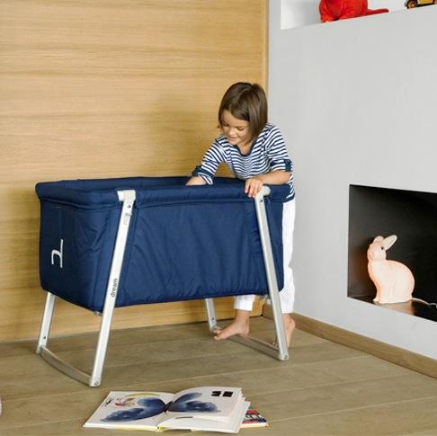 Складная детская кроватка