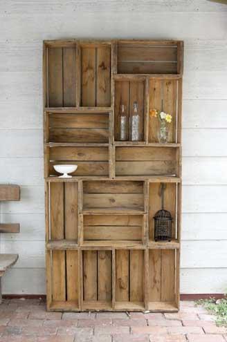 Шкаф для кухни из старых ящиков