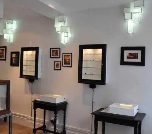 Оригинальные светильники квадратной формы, сделанные вручную