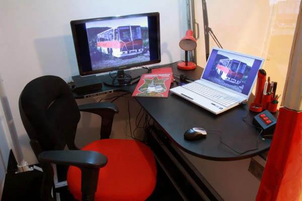 Рабочее место изнутри кабинета