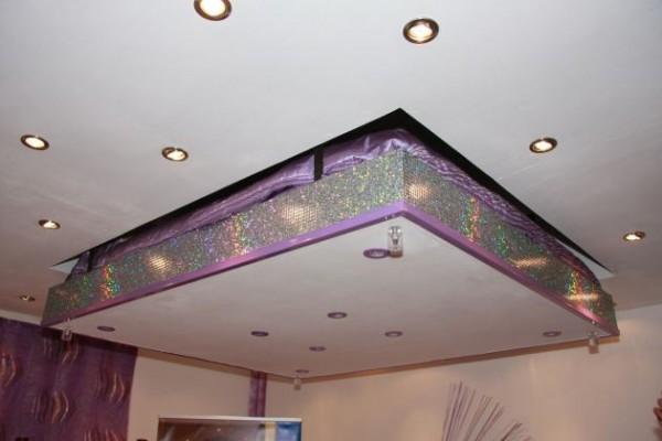 Кровать поднимающаяся до потолка