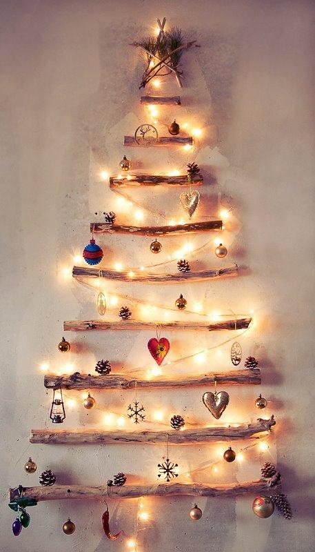 Новогодняя елка из поперечных дощечек