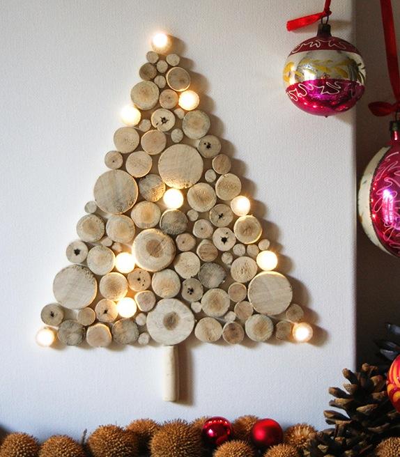 Декоративная праздничная елка