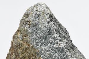 Природный камень в интерьере