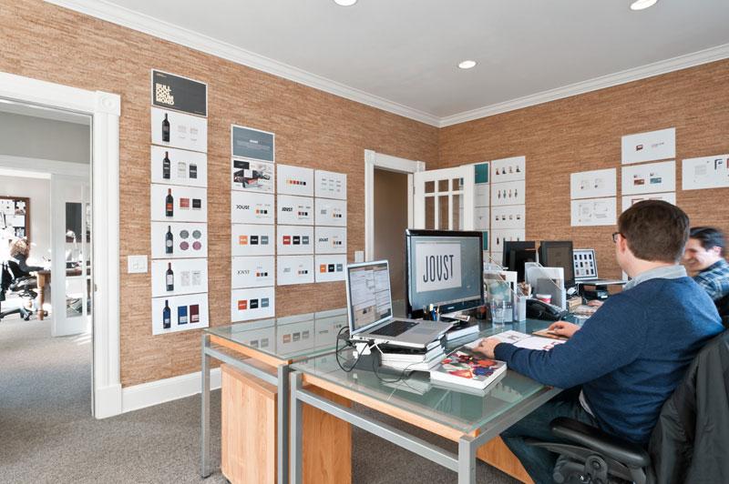 Офис современной компании
