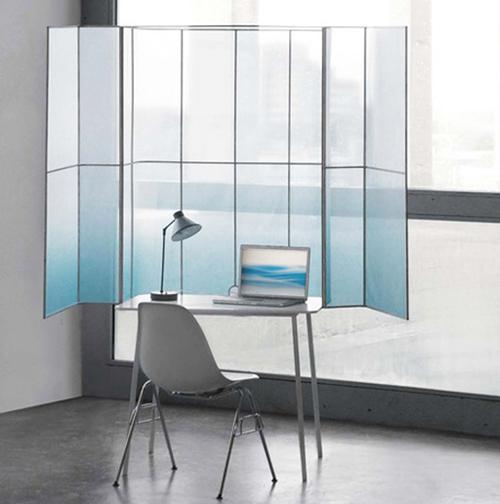 ekrany-dlya-komputernogo-stola