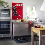 compact-metal-kitchen-02
