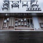 compact-metal-kitchen-04