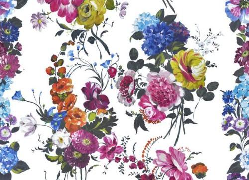 oboi-s-cvetochnym-dizainom-04