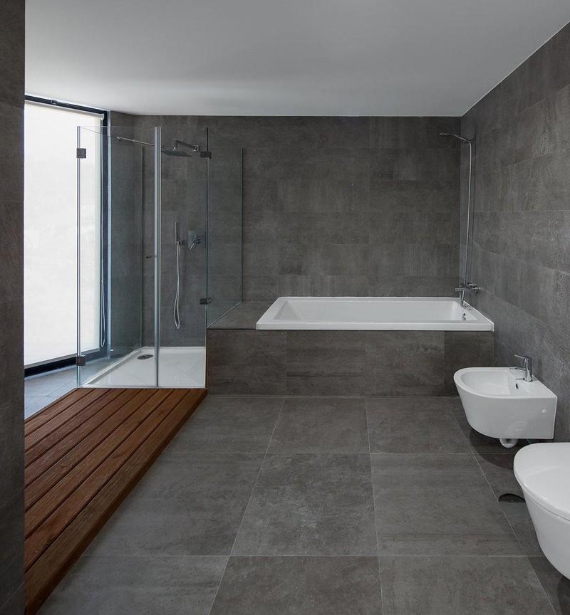 Оттенки серого в оформлении ванной