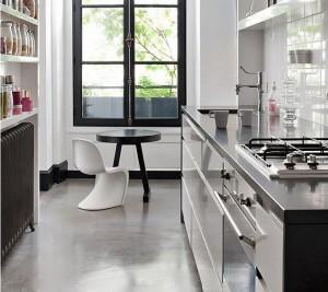 Пример компановки узкой продолговатой кухни