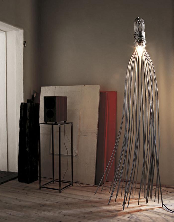 Напольный светильник оригинальной формы узла с висящими щупальцами