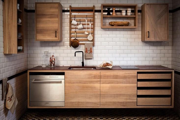 Кухня из дубого шпона