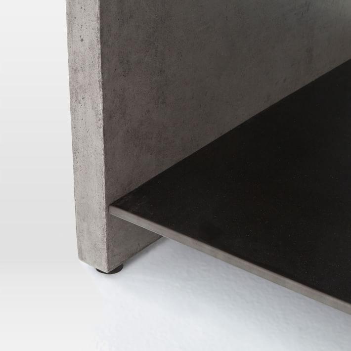 Мебель из бетона, журнальный столик с полкой