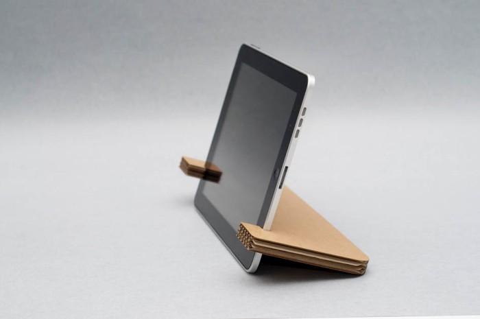 Супер минималистичная подставка для планшета из картона