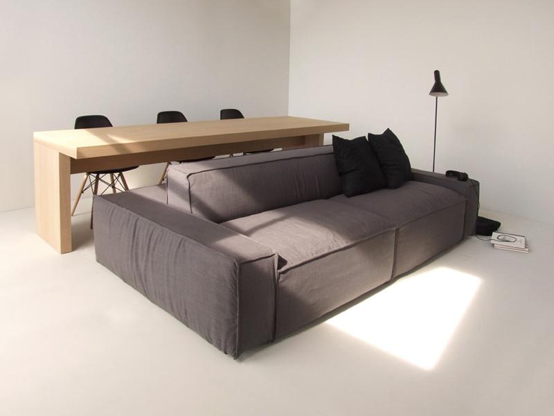 Рабочий диван для небольших помещений