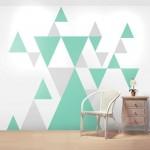 Рисунки треугольников на стенах