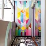 Покраска стены на лоджии с узором