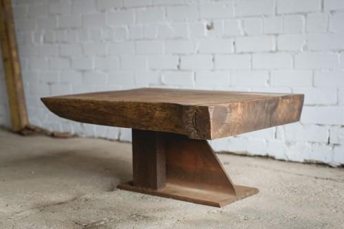 дубовый столик кофейный