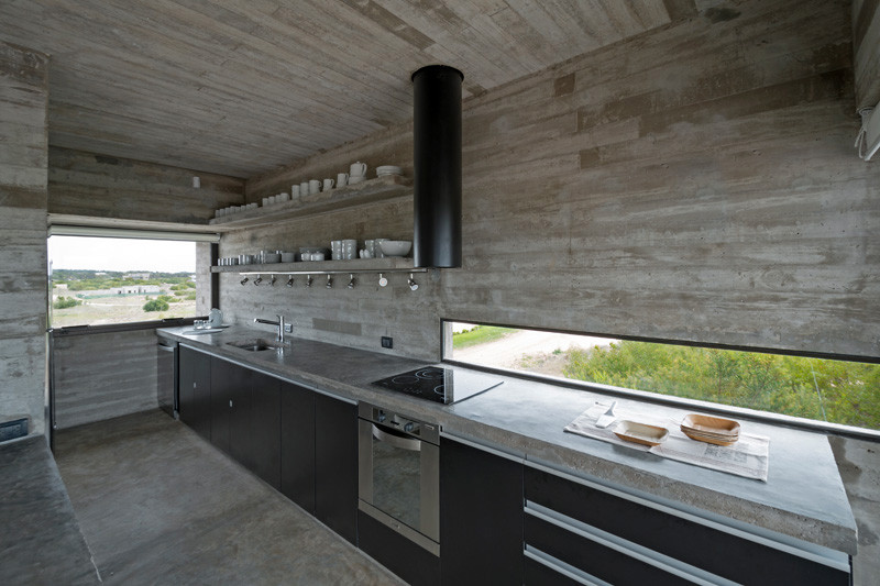 kuhnya-stoleshnica-beton-04