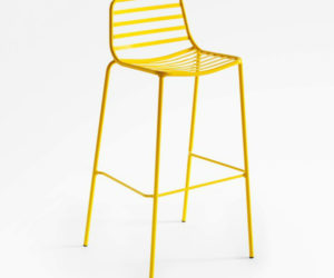 Colorful-bar-stools-yellow-metal-300x250