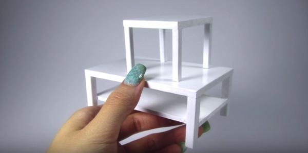 игрушечный столик