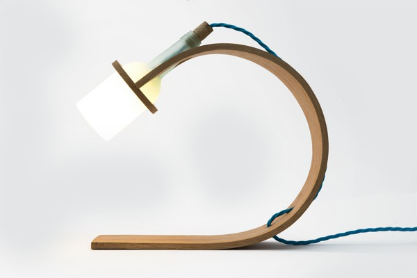 lampa-iz-gnutogo-duba-svoimi-rukami-mebelica-ru-03