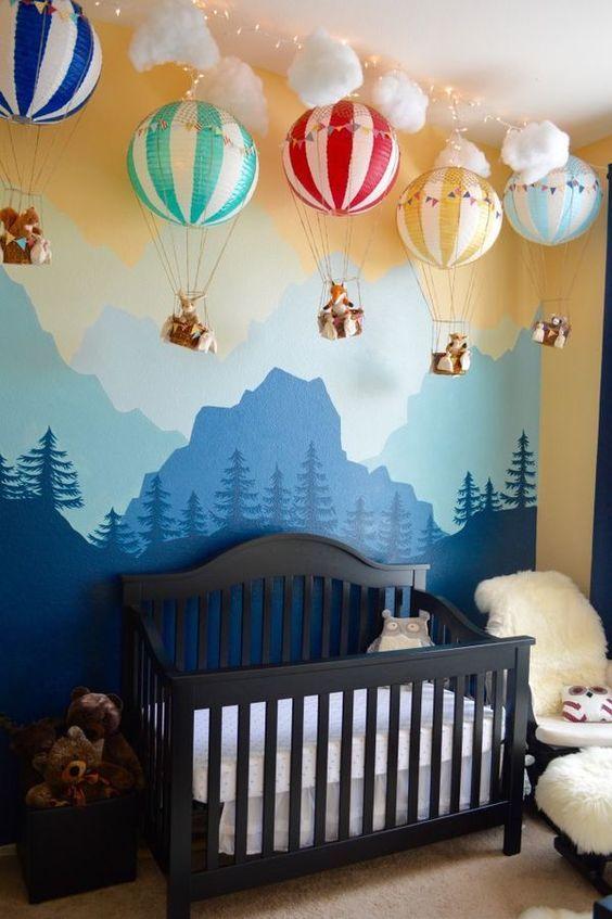 рисунок в детской комнате на стене