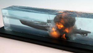 Скульптура подводной лодки в экоксидной смоле