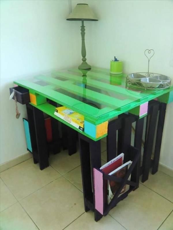 samodelnyi-stol-diy-palettes-fabriquer-bureaux